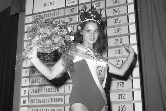 """Rok 1968: Československo má novú """"Miss"""" - fotografie - Vtedy"""