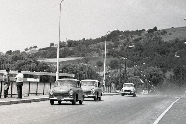 Rok 1968: Nová budova colnice v Slovenských Ďarmotách - fotografie - Vtedy