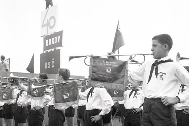 Rok 1961: Pionierske stanové mestečko otvára svoje brány - fotografie - Vtedy