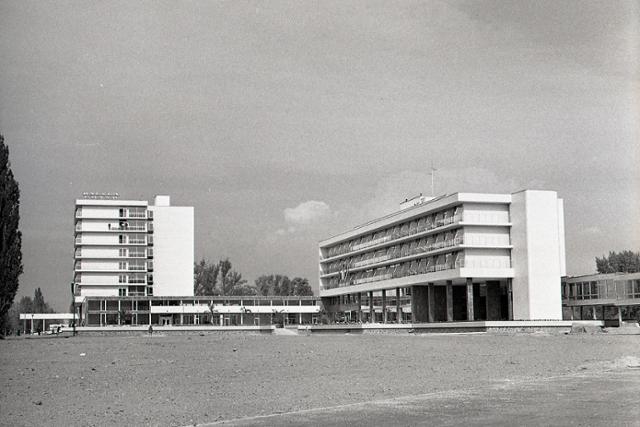 Rok 1971: V Piešťanoch otvárajú nové kúpeľné sanatóriá - fotografie - Vtedy